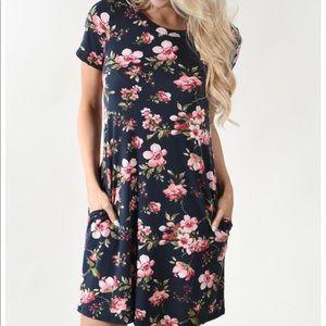 Dresses & Skirts - Navy Flowered dress size medium
